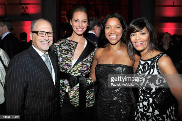 Jerry Inzerillo Christy Turlington Burns Grace Hightower and Prudence Inzerillo attend VANITY FAIR TRIBECA FILM FESTIVAL Opening Night Dinner Hosted...