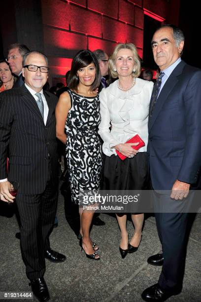 Jerry Inzerillo Prudence Inzerillo Christy Mack and John Mack attend VANITY FAIR TRIBECA FILM FESTIVAL Opening Night Dinner Hosted by ROBERT DE NIRO...