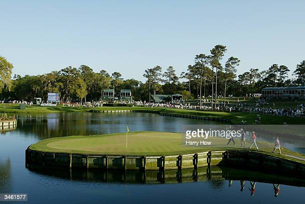 Jerry Kelly walks on the 17th green to putt during the third round of the Players Championship at the TPC Sawgrass on March 27 2004 in Ponte Vedra...