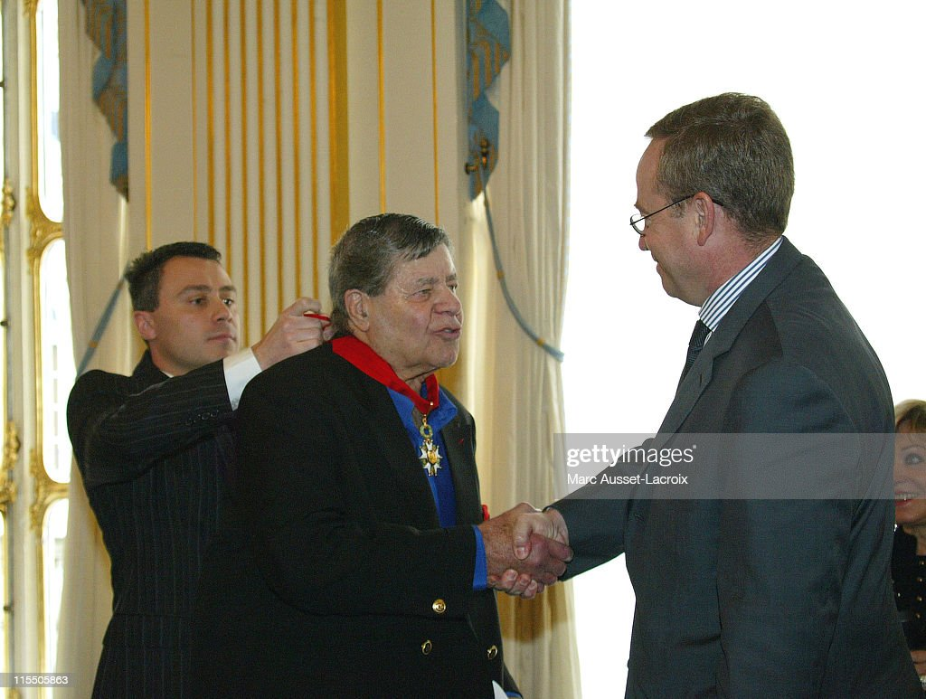 Jerry Lewis Receives the French Legion d'Honneur - March 16, 2006