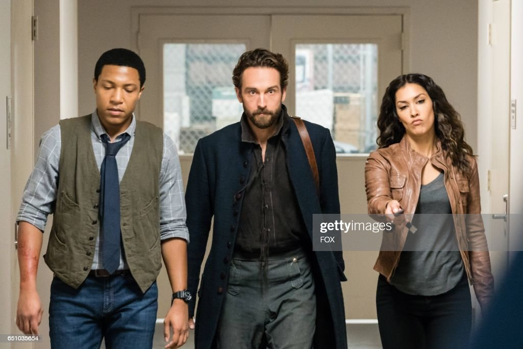 Jerry MacKinnon, Tom Mison and Janina Gavankar in theSick Burn episode of SLEEPY HOLLOW airing Friday, Feb. 24 (9:00-10:00 PM ET/PT) on FOX.