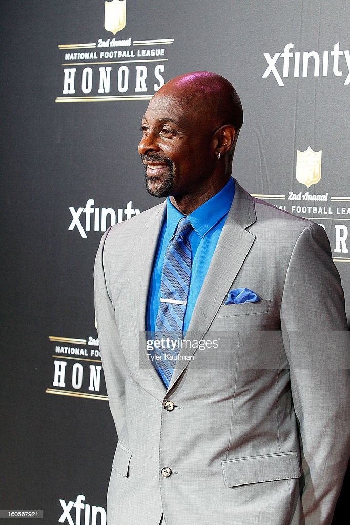 <a gi-track='captionPersonalityLinkClicked' href=/galleries/search?phrase=Jerry+Rice&family=editorial&specificpeople=184559 ng-click='$event.stopPropagation()'>Jerry Rice</a> attends the 2nd Annual NFL Honors at the Mahalia Jackson Theater on February 2, 2013 in New Orleans, Louisiana.