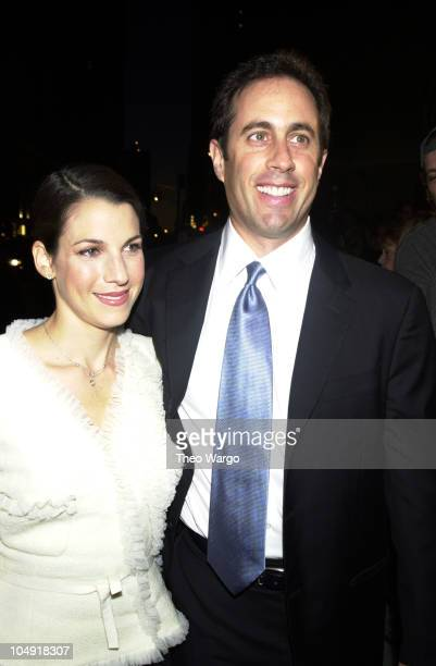 Jerry Seinfeld and his wife Jessica Seinfeld arrive at Carnegie Hall for 'Stand Up for New York' a performance that will benefit the Twin Towers Fund...