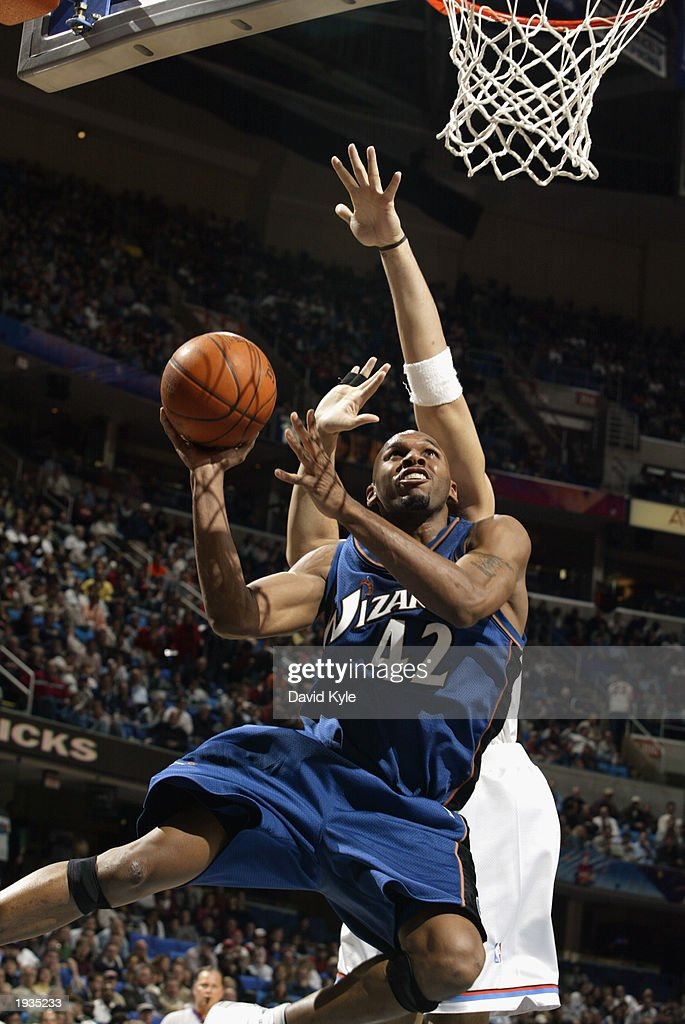 Jerry Stackhouse #42 of the Washington Wizards shoots against the Cleveland Cavaliers during the game at the Gund Arena on April 8, 2003 in Cleveland, Ohio. The Wizards won 100-91.