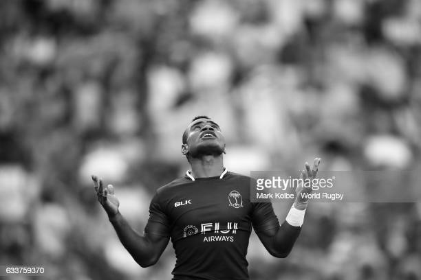 Jerry Tuwai of Fiji celebrates scoring a try during the Men Pool B match between in Fiji and France the 2017 HSBC Sydney Sevens at Allianz Stadium on...