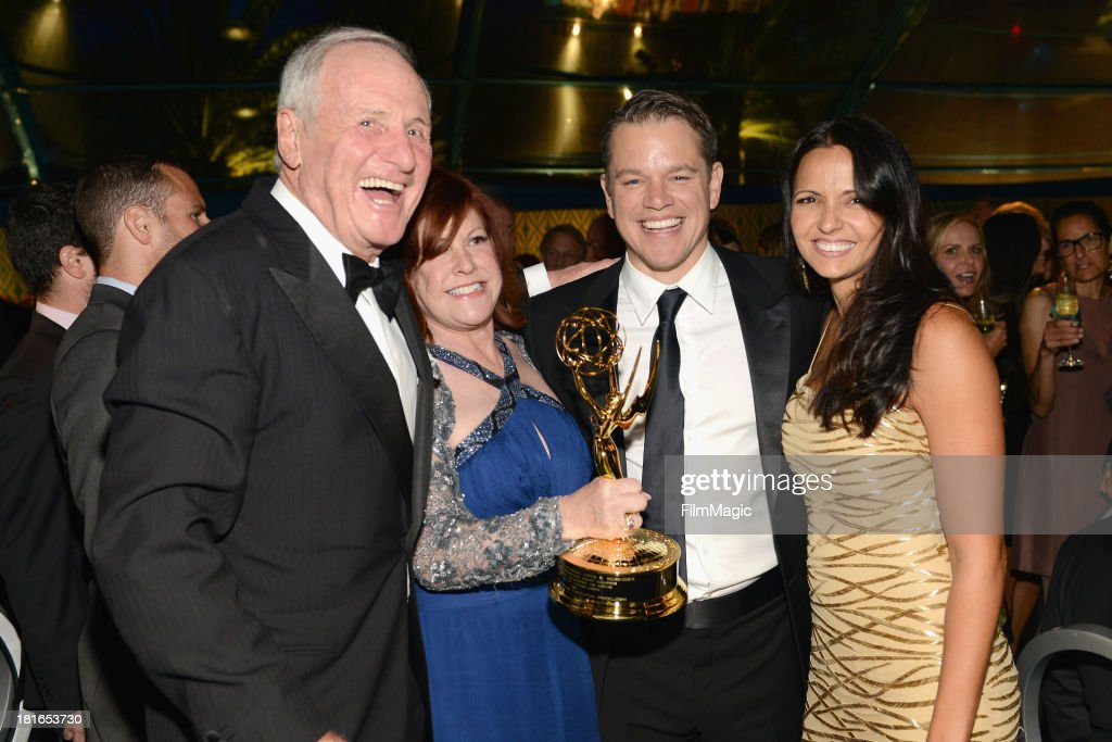 <a gi-track='captionPersonalityLinkClicked' href=/galleries/search?phrase=Jerry+Weintraub&family=editorial&specificpeople=212833 ng-click='$event.stopPropagation()'>Jerry Weintraub</a>, Susan Ekins, <a gi-track='captionPersonalityLinkClicked' href=/galleries/search?phrase=Matt+Damon&family=editorial&specificpeople=202093 ng-click='$event.stopPropagation()'>Matt Damon</a> and Luciana Barroso attend HBO's official Emmy after party at The Plaza at the Pacific Design Center on September 22, 2013 in Los Angeles, California.
