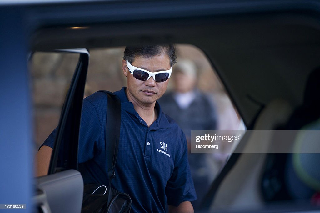 Jerry Yang, former chief executive officer of Yahoo! Inc., arrives at the Allen & Co. Media and Technology Conference in Sun Valley, Idaho, U.S., on Tuesday, July 9, 2013. Media dealmakers digesting $53 billion of mergers, spinoffs and acquisitions announced so far this year, head to Allen & Co.s Sun Valley conference this week to lay the groundwork for more. Photographer: Daniel Acker/Bloomberg via Getty Images