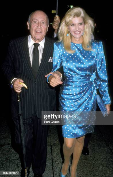 Jerry Zipkin and Ivana Trump during Chie Fashion Event September 14 1989 at Bergdorf Goodman in New York City New York United States