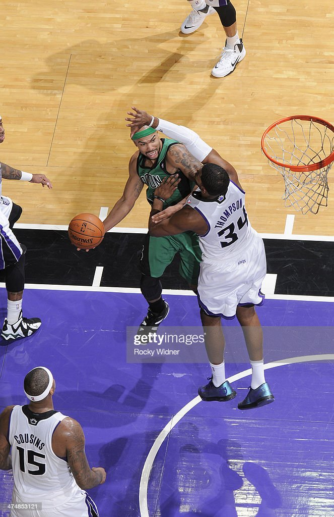 <a gi-track='captionPersonalityLinkClicked' href=/galleries/search?phrase=Jerryd+Bayless&family=editorial&specificpeople=4216027 ng-click='$event.stopPropagation()'>Jerryd Bayless</a> #11 of the Boston Celtics goes up for the shot against Jason Thompson #34 of the Sacramento Kings on February 22, 2014 at Sleep Train Arena in Sacramento, California.