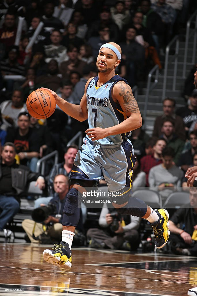 <a gi-track='captionPersonalityLinkClicked' href=/galleries/search?phrase=Jerryd+Bayless&family=editorial&specificpeople=4216027 ng-click='$event.stopPropagation()'>Jerryd Bayless</a> #7 of the Memphis Grizzlies dribbles the ball up the floor against the Brooklyn Nets on February 24, 2013 at the Barclays Center in the Brooklyn borough of New York City.