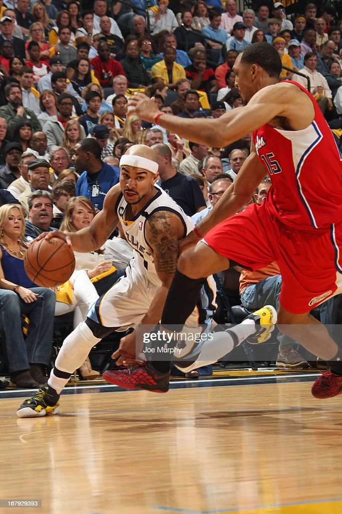 <a gi-track='captionPersonalityLinkClicked' href=/galleries/search?phrase=Jerryd+Bayless&family=editorial&specificpeople=4216027 ng-click='$event.stopPropagation()'>Jerryd Bayless</a> #7 of the Memphis Grizzlies drives to the basket against the Los Angeles Clippers in Game Three of the Western Conference Quarterfinals during the 2013 NBA Playoffs on April 25, 2013 at FedExForum in Memphis, Tennessee.