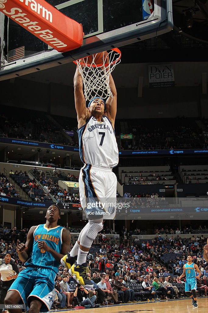 <a gi-track='captionPersonalityLinkClicked' href=/galleries/search?phrase=Jerryd+Bayless&family=editorial&specificpeople=4216027 ng-click='$event.stopPropagation()'>Jerryd Bayless</a> #7 of the Memphis Grizzlies dunks the ball against the New Orleans Hornets on January 27, 2013 at FedExForum in Memphis, Tennessee.