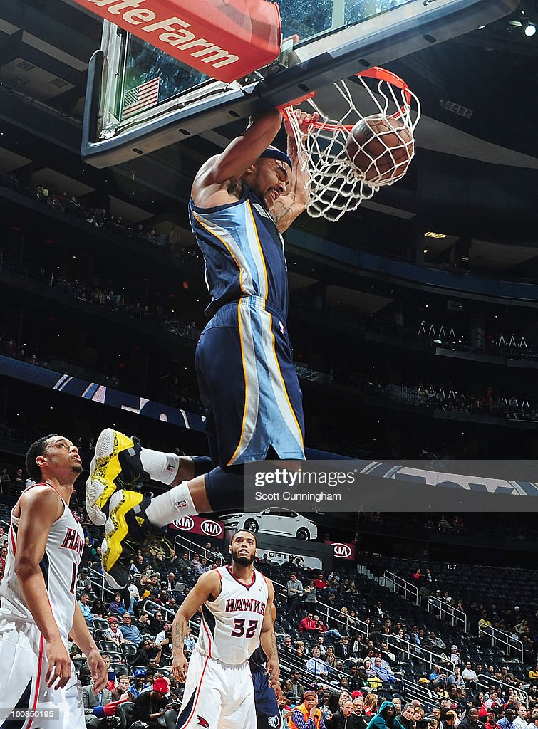 Jerryd Bayless #7 of the Memphis Grizzlies dunks the ball during the game between the Atlanta Hawks and the Memphis Grizzlies on February 6, 2013 at Philips Arena in Atlanta, Georgia.