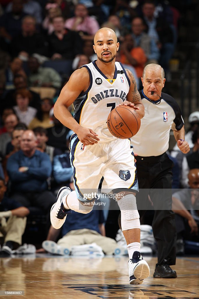 <a gi-track='captionPersonalityLinkClicked' href=/galleries/search?phrase=Jerryd+Bayless&family=editorial&specificpeople=4216027 ng-click='$event.stopPropagation()'>Jerryd Bayless</a> #7 of the Memphis Grizzlies handles the ball up-court against the Dallas Mavericks on December 21, 2012 at FedExForum in Memphis, Tennessee.