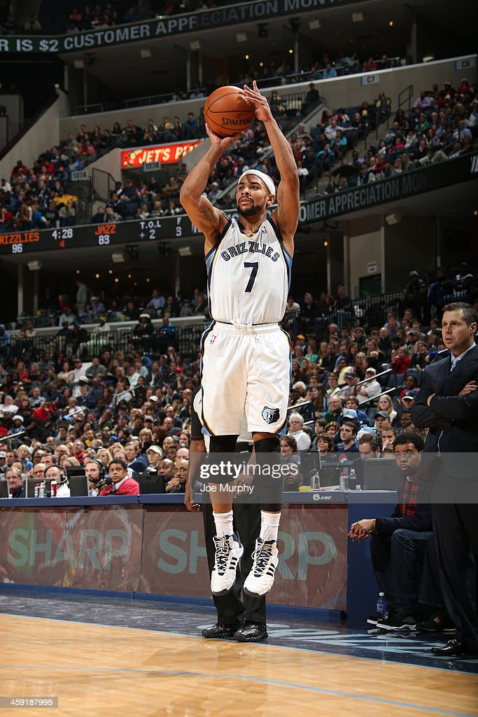<a gi-track='captionPersonalityLinkClicked' href=/galleries/search?phrase=Jerryd+Bayless&family=editorial&specificpeople=4216027 ng-click='$event.stopPropagation()'>Jerryd Bayless</a> #7 of the Memphis Grizzlies shoots a three point basket against the Utah Jazz on December 23, 2013 at FedExForum in Memphis, Tennessee.