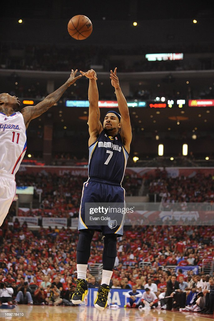 <a gi-track='captionPersonalityLinkClicked' href=/galleries/search?phrase=Jerryd+Bayless&family=editorial&specificpeople=4216027 ng-click='$event.stopPropagation()'>Jerryd Bayless</a> #7 of the Memphis Grizzlies shoots the ball against the Los Angeles Clippers at Staples Center in Game One of the Western Conference Quarterfinals during the 2013 NBA Playoffs on April 20, 2013 in Los Angeles, California.
