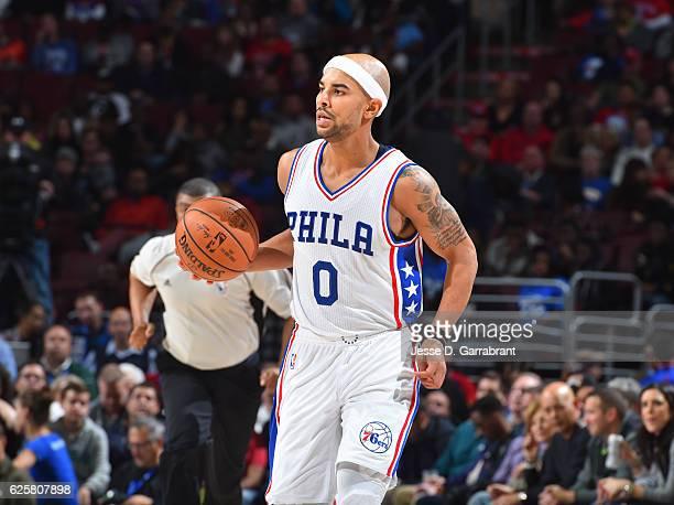 Jerryd Bayless of the Philadelphia 76ers dribbles up court against the Chicago Bulls at Wells Fargo Center on November 25 2016 in Philadelphia...