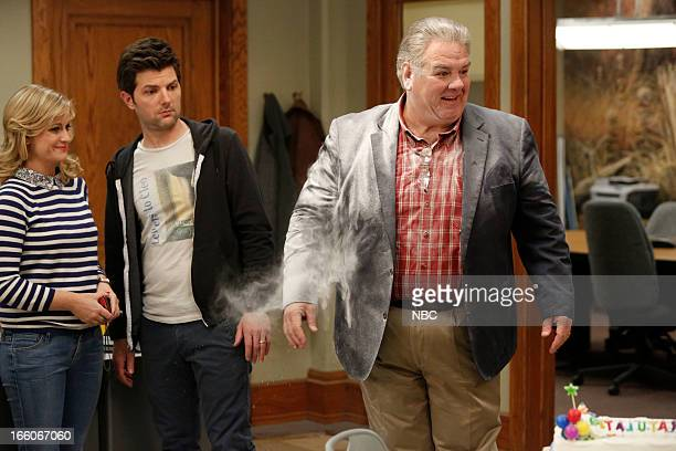 RECREATION 'Jerry's Scrapbook' Episode 521 Pictured Amy Poehler as Leslie Knope Adam Scott as Ben Wyatt Jim O'Heir as Jerry Gergich