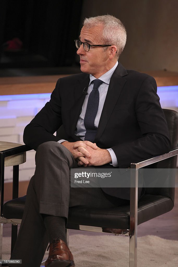 AMERICA - Jess Cagle of 'Entertainment Weekly' appears on 'Good Morning America,' 11/28/12, airing on the ABC Television Network. (Photo by Fred Lee/ABC via Getty Images) JESS