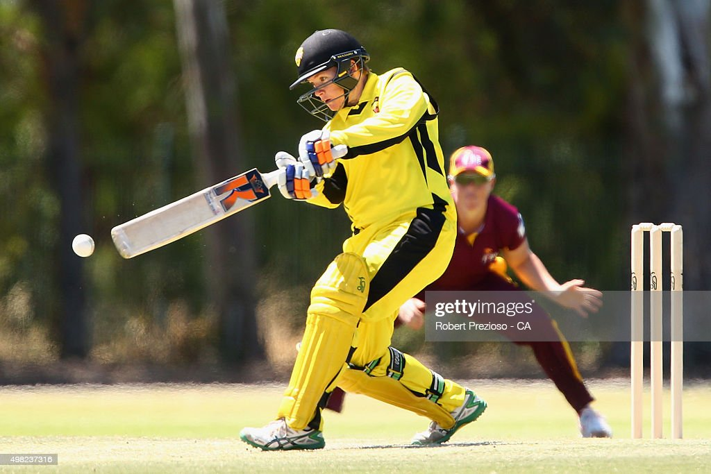 Jess Cameron of Western Australia plays a shot during the WNCL match between Queensland and Western Australia at Park 25 on November 22, 2015 in Adelaide, Australia.