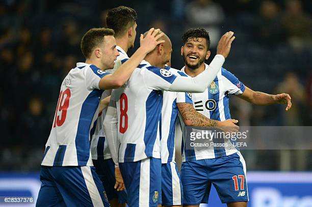 Jesús Corona of FC Porto celebrates with teammates the third goal against Leicester City during the UEFA Champions League match between FC Porto and...
