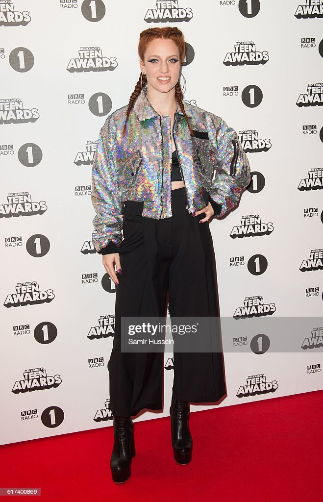 Jess Glynne attends BBC Radio 1's Teen Awards at SSE Arena Wembley on October 23, 2016 in London, England.