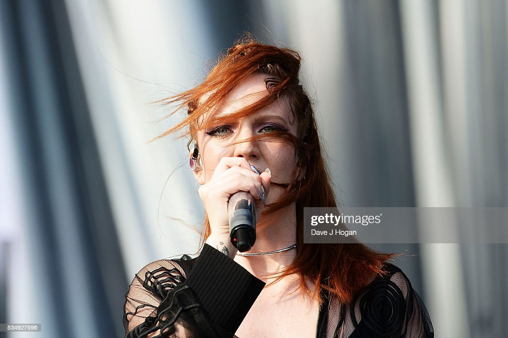 <a gi-track='captionPersonalityLinkClicked' href=/galleries/search?phrase=Jess+Glynne&family=editorial&specificpeople=12882231 ng-click='$event.stopPropagation()'>Jess Glynne</a> performs during day 1 of BBC Radio 1's Big Weekend at Powderham Castle on May 28, 2016 in Exeter, England.
