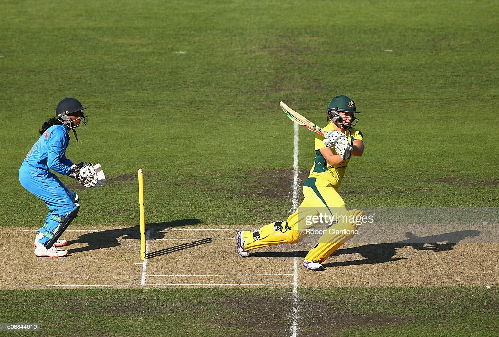 <a gi-track='captionPersonalityLinkClicked' href=/galleries/search?phrase=Jess+Jonassen&family=editorial&specificpeople=5645706 ng-click='$event.stopPropagation()'>Jess Jonassen</a> of Australia bats during game three of the one day international series between Australia and India at Blundstone Arena on February 7, 2016 in Hobart, Australia.