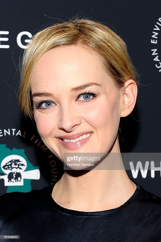 <a gi-track='captionPersonalityLinkClicked' href=/galleries/search?phrase=Jess+Weixler&family=editorial&specificpeople=4117574 ng-click='$event.stopPropagation()'>Jess Weixler</a> attends a special screening of 'White Gold' at Museum of Modern Art on November 12, 2013 in New York City.