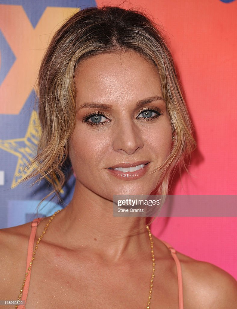 Jessalyn Gilsig arrives at the FOX 2010 Summer TCA All-Star Party on August 2, 2010 in Santa Monica, California. at Pacific Park .