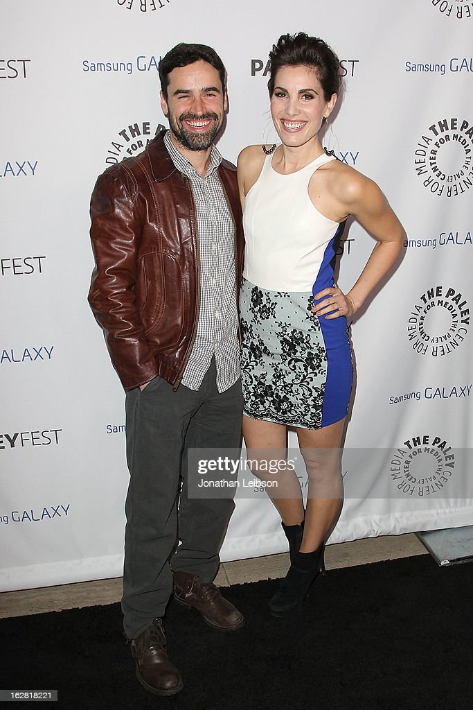 <a gi-track='captionPersonalityLinkClicked' href=/galleries/search?phrase=Jesse+Bradford&family=editorial&specificpeople=202829 ng-click='$event.stopPropagation()'>Jesse Bradford</a> and Carly Pope arrive to The Paley Center Honors Ryan Murphy With Inaugural PaleyFest Icon Award at The Paley Center for Media on February 27, 2013 in Beverly Hills, California.