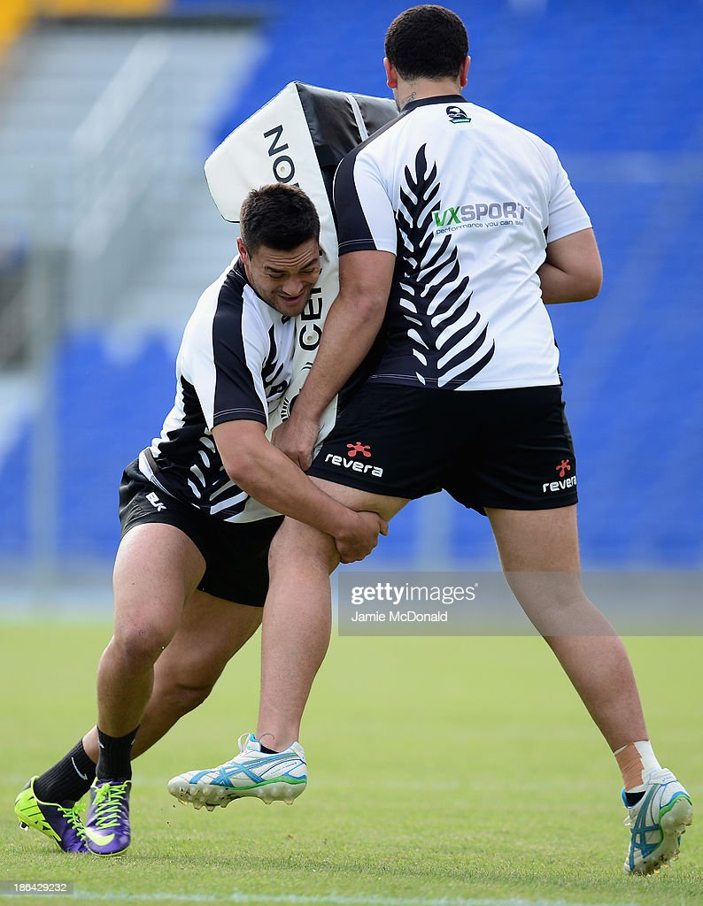 Jesse Bromwich of New Zealand hits a tackle bag during a New Zealand Catains Run at the Parc des Sports Stadium on October 31, 2013 in Avignon, France.