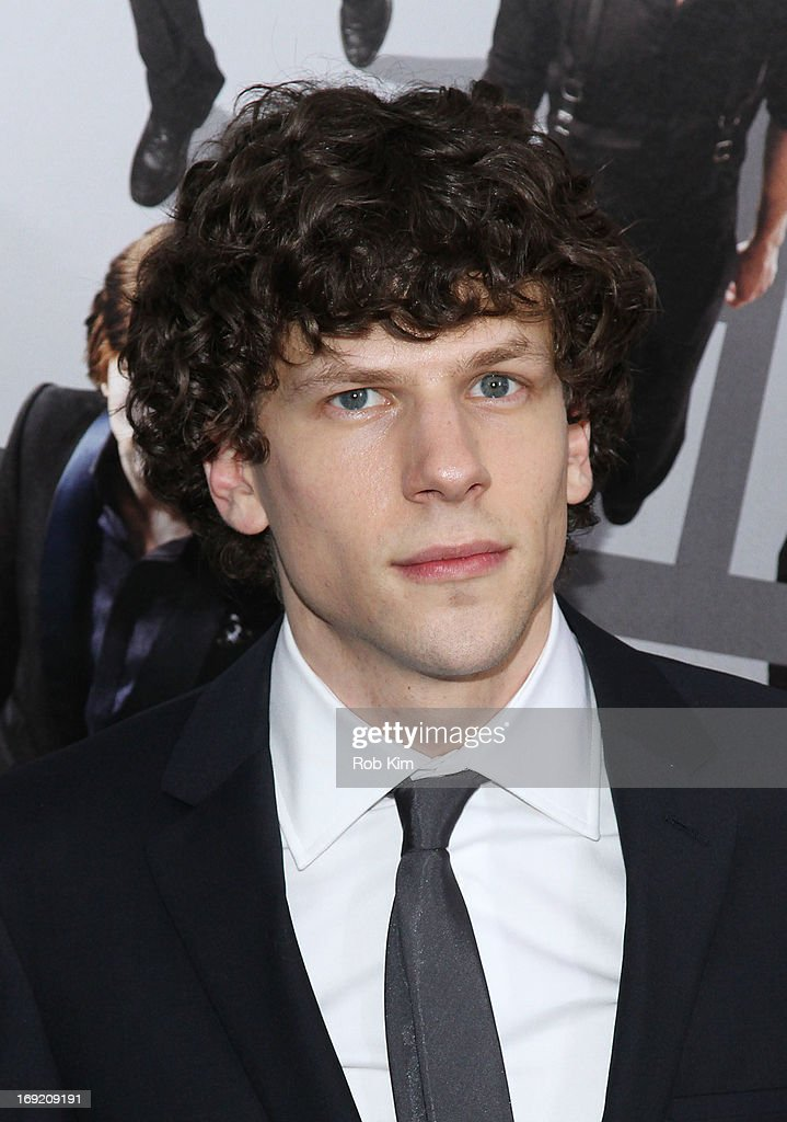 <a gi-track='captionPersonalityLinkClicked' href=/galleries/search?phrase=Jesse+Eisenberg&family=editorial&specificpeople=625439 ng-click='$event.stopPropagation()'>Jesse Eisenberg</a> attends the 'Now You See Me' New York Premiere at AMC Lincoln Square Theater on May 21, 2013 in New York City.