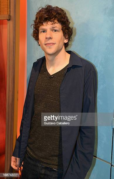Jesse Eisenberg visits Univisions Despierta America to promote film 'Now you See Me' at Univision Headquarters on May 14 2013 in Miami Florida