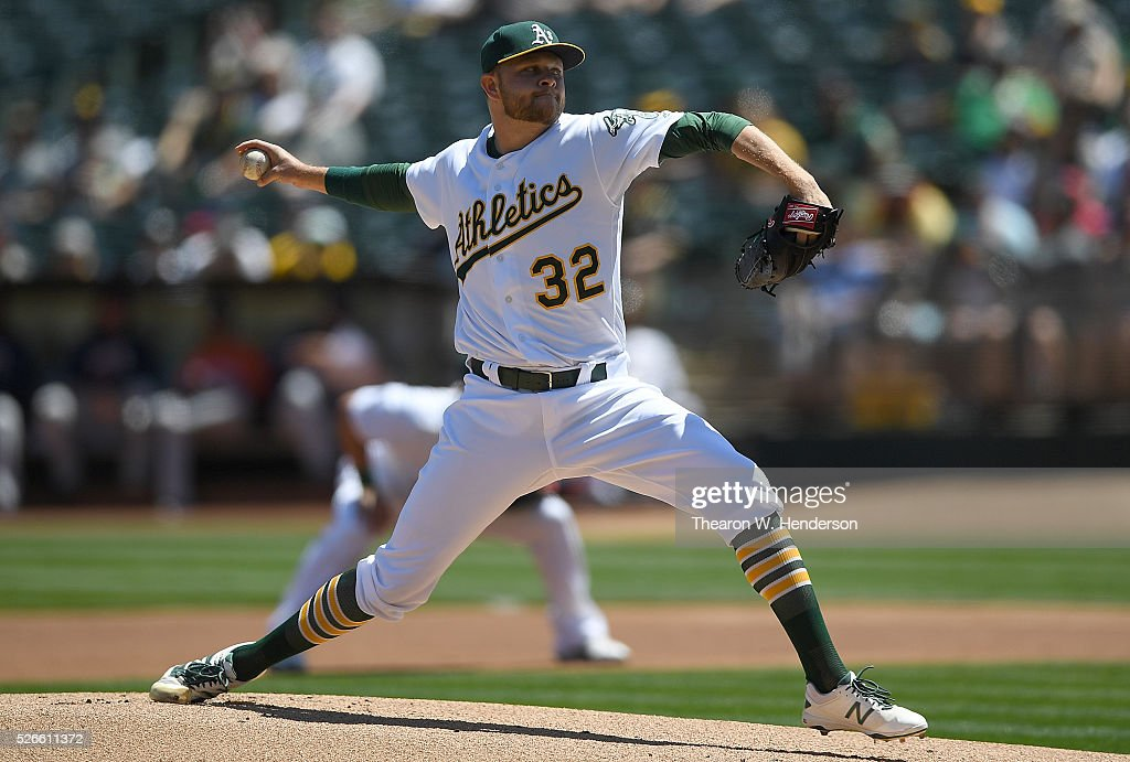 <a gi-track='captionPersonalityLinkClicked' href=/galleries/search?phrase=Jesse+Hahn&family=editorial&specificpeople=12495165 ng-click='$event.stopPropagation()'>Jesse Hahn</a> #32 of the Oakland Athletics pitches against the Houston Astros in the top of the first inning at O.co Coliseum on April 30, 2016 in Oakland, California.