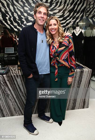 Jesse Itzler Sara Blakely and Alice Olivia celebrate the launch of 'The Belly Art Project' on October 10 2016 in New York City