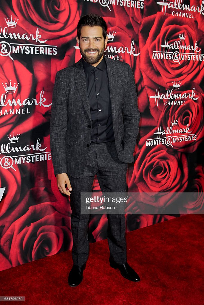 Jesse Metcalfe attends Hallmark Channel Movies and Mysteries Winter 2017 TCA Press Tour at The Tournament House on January 14, 2017 in Pasadena, California.
