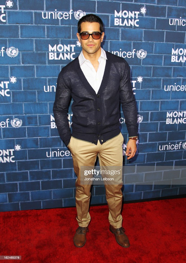 <a gi-track='captionPersonalityLinkClicked' href=/galleries/search?phrase=Jesse+Metcalfe&family=editorial&specificpeople=208805 ng-click='$event.stopPropagation()'>Jesse Metcalfe</a> wearing Montblanc Star Quantieme Complet attends a Pre-Oscar charity brunch hosted by Montblanc and UNICEF to celebrate the launch of their new 'Signature For Good 2013' Initiative with special guest Hilary Swank at Hotel Bel-Air on February 23, 2013 in Los Angeles, California.
