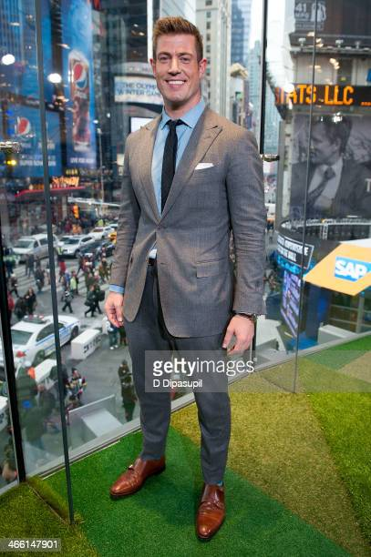 Jesse Palmer visits 'Extra' in Times Square on January 31 2014 in New York City