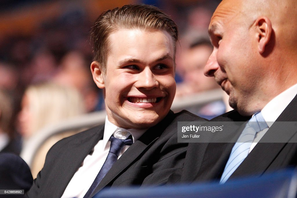 Jesse Puljujarvi reacts to the NHL draft screen before being picked fourth overall by the Edmonton Oilers during round one of the 2016 NHL Draft on June 24, 2016 in Buffalo, New York.