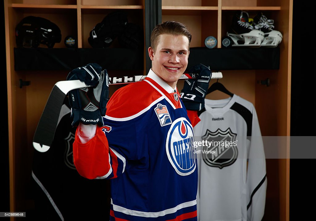 Jesse Puljujarvi, selected fourth overall by the Edmonton Oilers, poses for a portrait during round one of the 2016 NHL Draft at First Niagara Center on June 24, 2016 in Buffalo, New York.