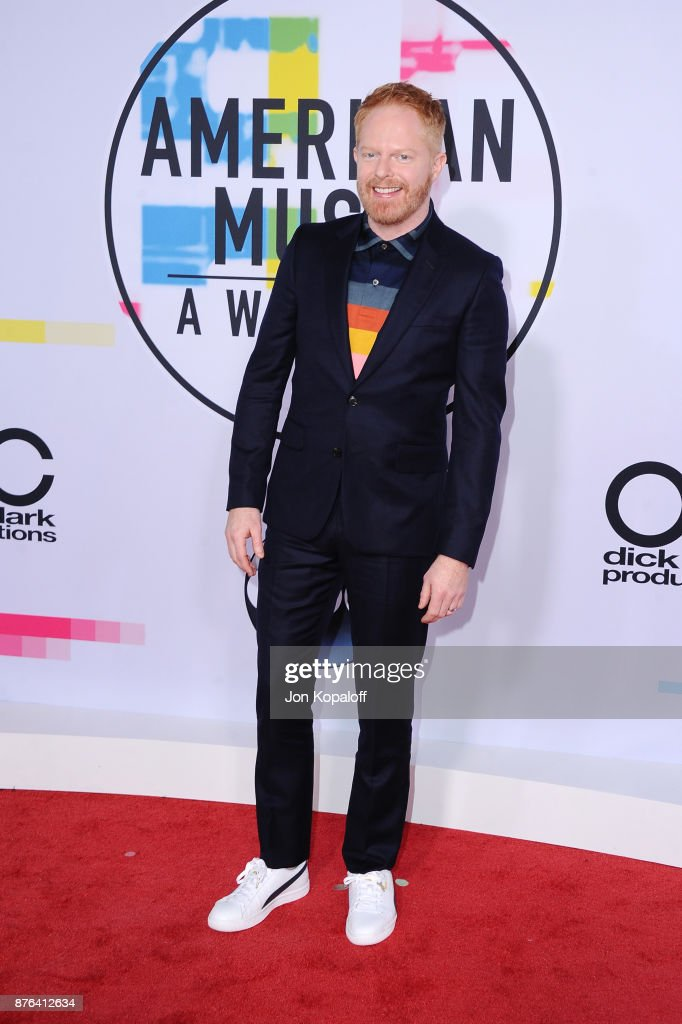 Jesse Tyler Ferguson attends the 2017 American Music Awards at Microsoft Theater on November 19, 2017 in Los Angeles, California.