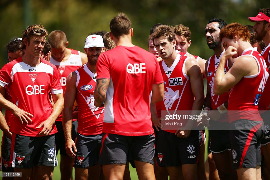 Jesse White (C) speaks to players during a Sydney Swans AFL training session at Lakeside Oval on March 5, 2013 in Sydney, Australia.