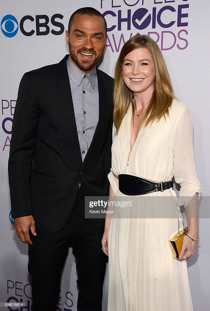 <a gi-track='captionPersonalityLinkClicked' href=/galleries/search?phrase=Jesse+Williams+-+Actor&family=editorial&specificpeople=7189838 ng-click='$event.stopPropagation()'>Jesse Williams</a> and <a gi-track='captionPersonalityLinkClicked' href=/galleries/search?phrase=Ellen+Pompeo&family=editorial&specificpeople=240269 ng-click='$event.stopPropagation()'>Ellen Pompeo</a> attends the 2013 People's Choice Awards at Nokia Theatre L.A. Live on January 9, 2013 in Los Angeles, California.