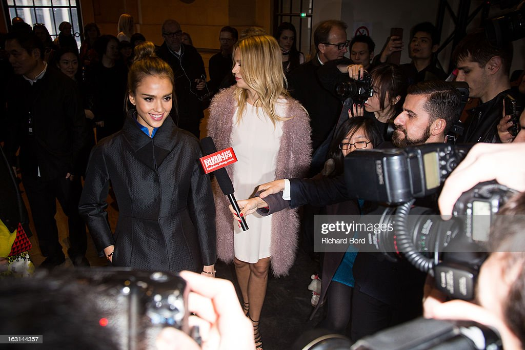 <a gi-track='captionPersonalityLinkClicked' href=/galleries/search?phrase=Jessica+Alba&family=editorial&specificpeople=201811 ng-click='$event.stopPropagation()'>Jessica Alba</a> arrives at the Shiatzy Chen Fall/Winter 2013 Ready-to-Wear show as part of Paris Fashion Week at Le Grand Palais on March 5, 2013 in Paris, France.