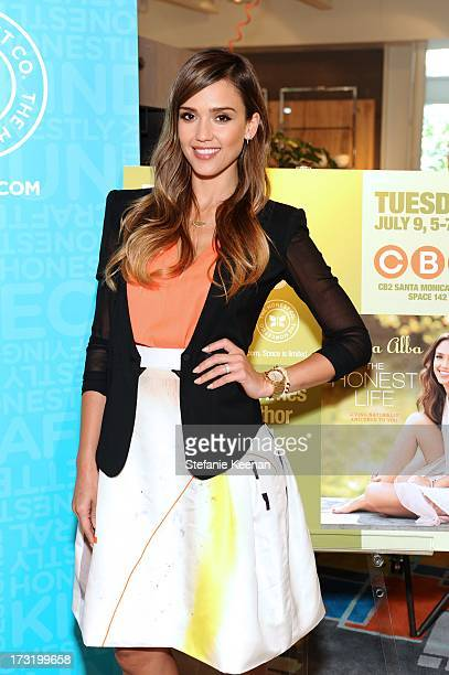 Jessica Alba attends CB2 Hosts ActressCB2 Hosts Actress Jessica Alba For A Signing Of Her Book 'The Honest Life' At The Santa Monica CB2 Store on...