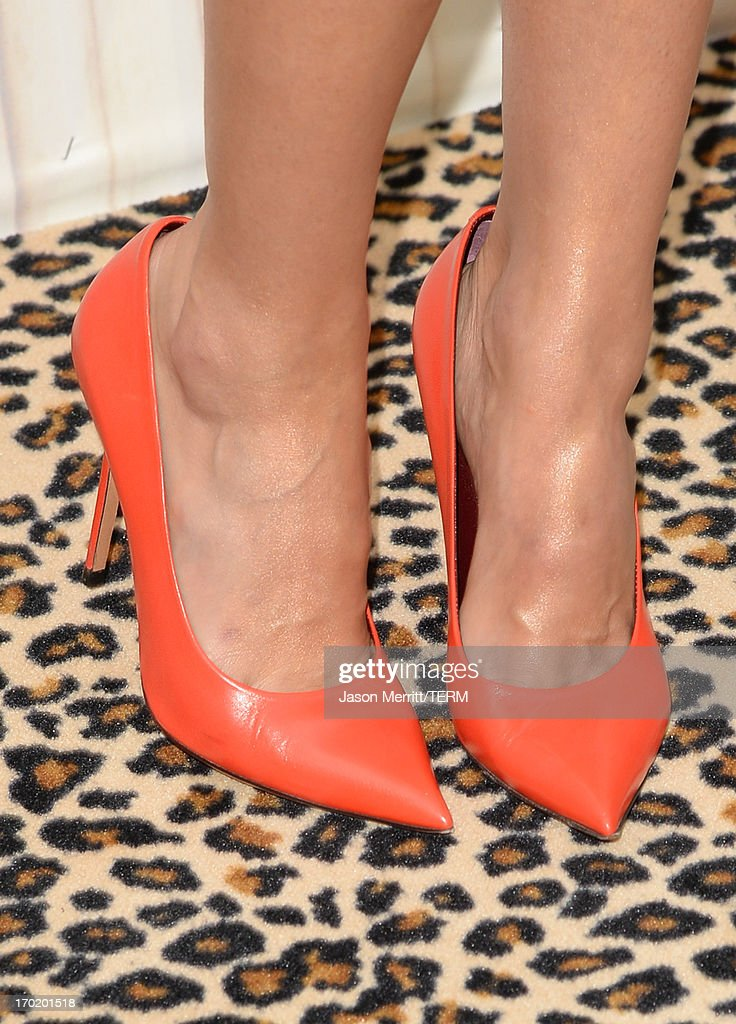 Jessica Alba (shoe detail) attends Spike TV's Guys Choice 2013 at Sony Pictures Studios on June 8, 2013 in Culver City, California.