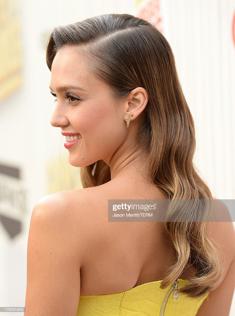 Jessica Alba attends Spike TV's Guys Choice 2013 at Sony Pictures Studios on June 8, 2013 in Culver City, California.