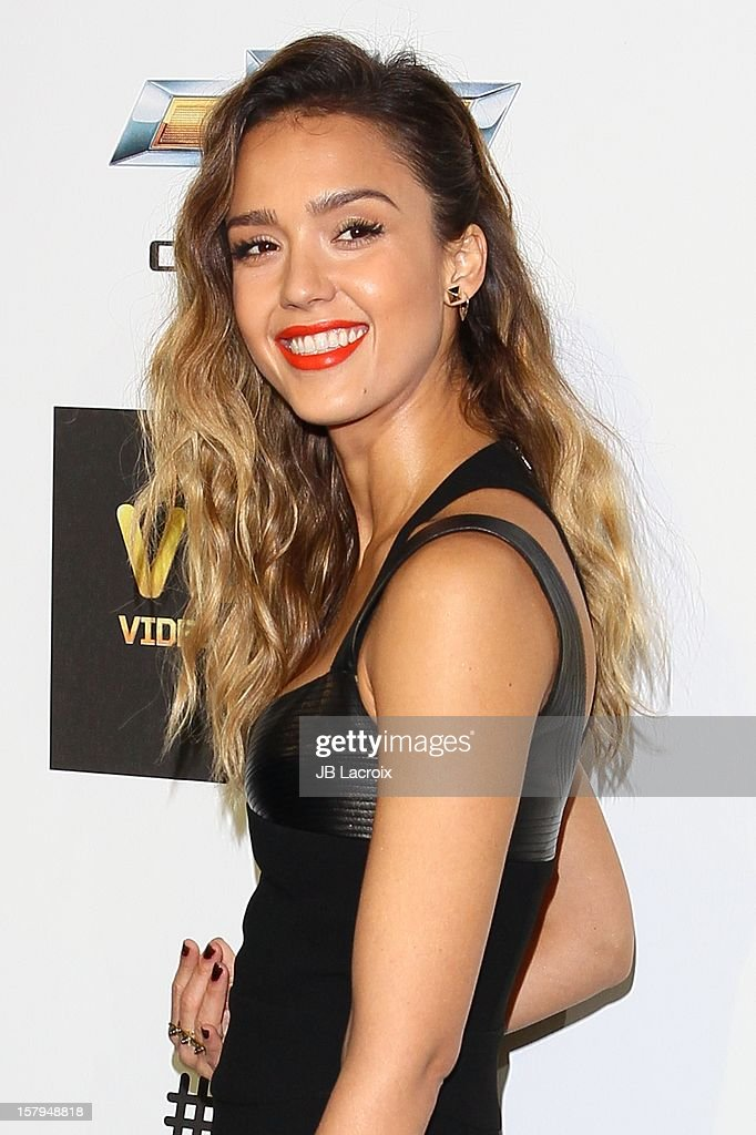 <a gi-track='captionPersonalityLinkClicked' href=/galleries/search?phrase=Jessica+Alba&family=editorial&specificpeople=201811 ng-click='$event.stopPropagation()'>Jessica Alba</a> attends the Spike TV's 10th Annual Video Game Awards at Sony Studios on December 7, 2012 in Los Angeles, California.