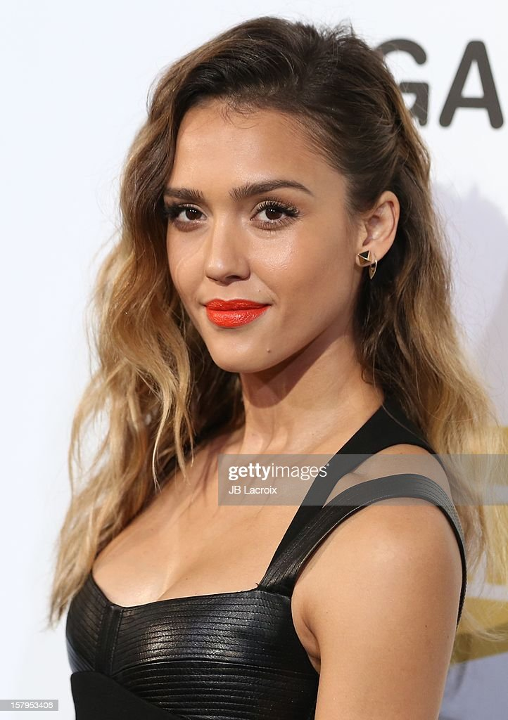 Jessica Alba attends the Spike TV's 10th Annual Video Game Awards at Sony Studios on December 7, 2012 in Los Angeles, California.